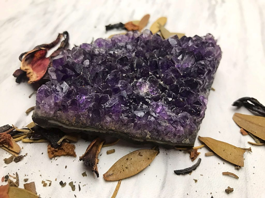 Use These Crystals To Raise Your Vibration & Attract What You Truly Want | Tia Johnson