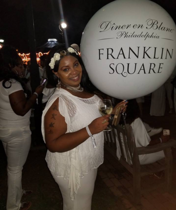 The Charmed Diner En Blanc Experience  (And how to have your own enchanting all-white party)