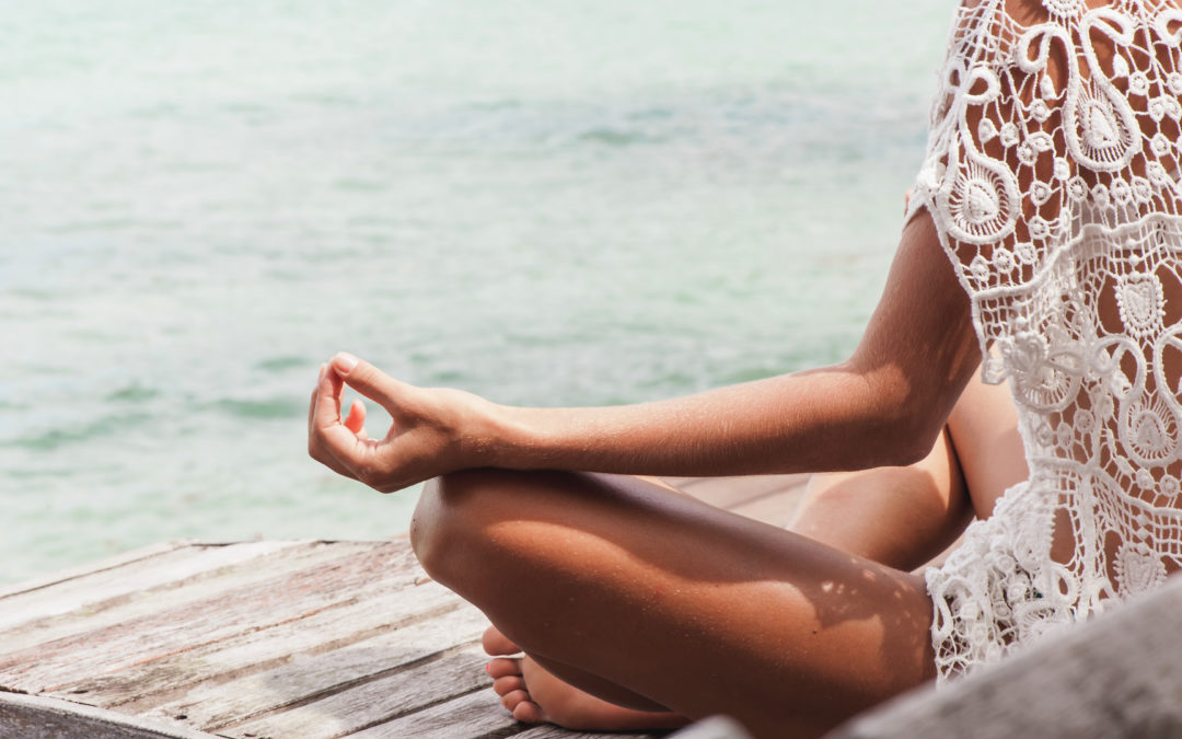 7 Signs You Need To Stop What You're Doing Now & Meditate